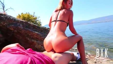 beach sex with greatest ass