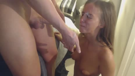 Amateur Blowjob Facial