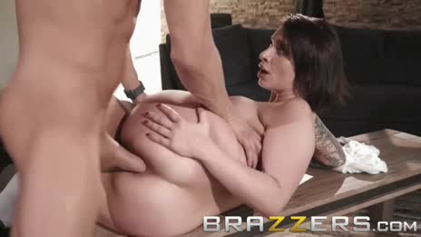 Brazzers - Ivy Lebelle catholic school girl loves anal