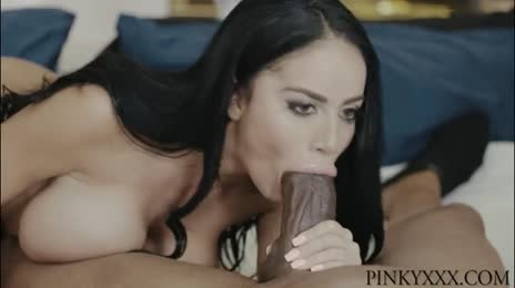 VICTORIA JUNE INTERRACIAL BLOWJOB
