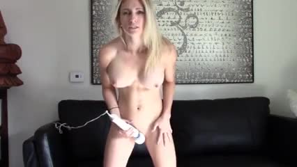 an amazing multi-tasker. she is talented at standing and masturbating!! wow! 2