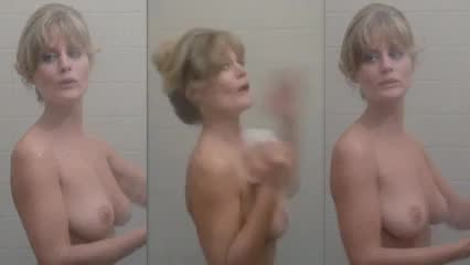 Hot nude blonde mom