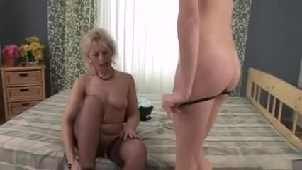 mature and young lesbians 3 gif